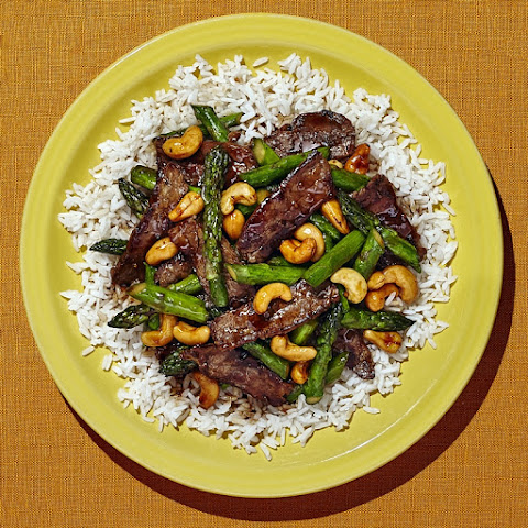 Flank Steak Stir-Fry With Asparagus And Red Pepper Recipe ...