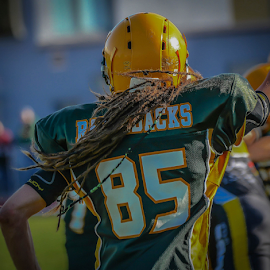 by Dragan Rakocevic - Sports & Fitness American and Canadian football