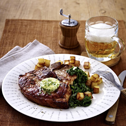 Pork Chops with Potatoes and Spinach