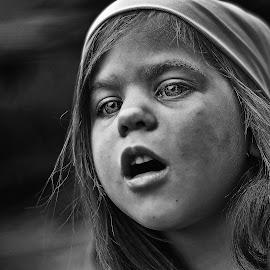 Theatre by Lucia STA - Babies & Children Child Portraits