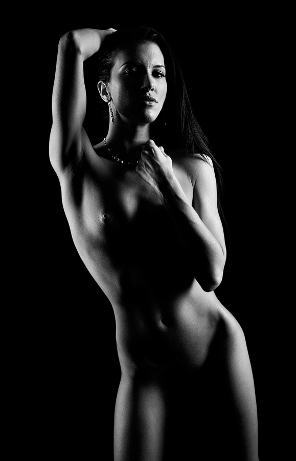 Form by Alabama Photos - Nudes & Boudoir Artistic Nude ( b/w, nude, female, beauty, shape, curves, shadows )