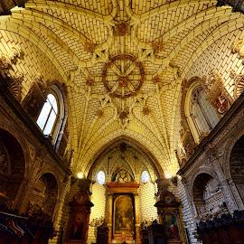 Toledo 3 by Iulia Breuer - Buildings & Architecture Places of Worship ( interior, church )