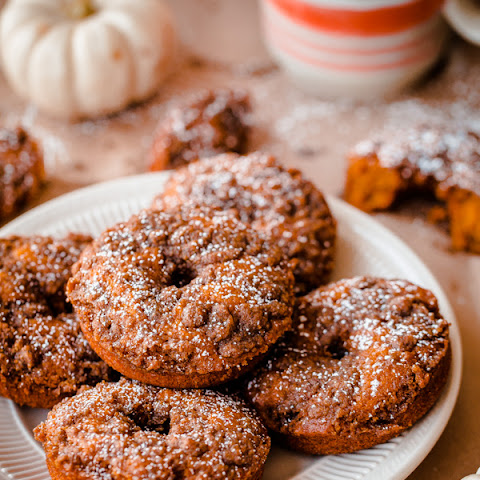 Baked Pumpkin Doughnuts with Cardamom Crumble