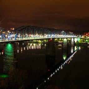 Walnut St bridge from Hunter Museum by Bob Zendejas - Buildings & Architecture Bridges & Suspended Structures (  )