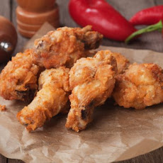 Crunchy Chicken Wings Inspired by KFC