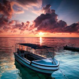 Derawan Boat by Oyi Kresnamurti - Transportation Boats ( clouds, indonesia, derawan, sea, seascape, sunrise, boat, borneo )