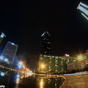 Bunderan HI by Novra Ayamo - City,  Street & Park  Street Scenes ( indonesia, jakarta, nightshoot )