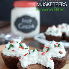 Hot Cocoa 3 Musketeers Brownie Bites