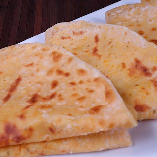 Dal Paratha (Stuffed Indian Flat Bread)