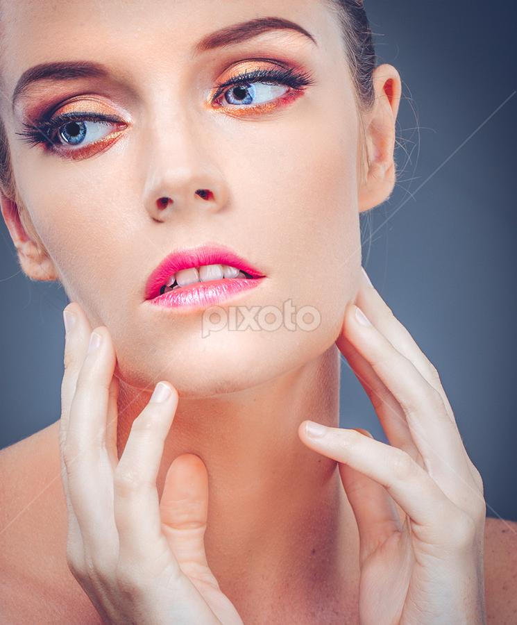 Sylwia Mickiewicz by Handy Wijaya - People Fashion ( surabaya fashion photographer, handysoediro, sylwia mickiewicz )