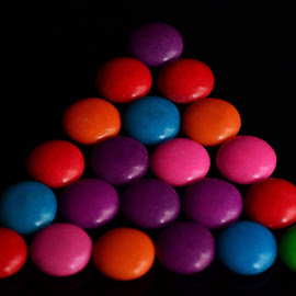 Colored dots by Prasanta Das - Abstract Patterns ( composition, buttons, colored )