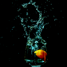 fish splash by Mohammed Arief - Abstract Water Drops & Splashes