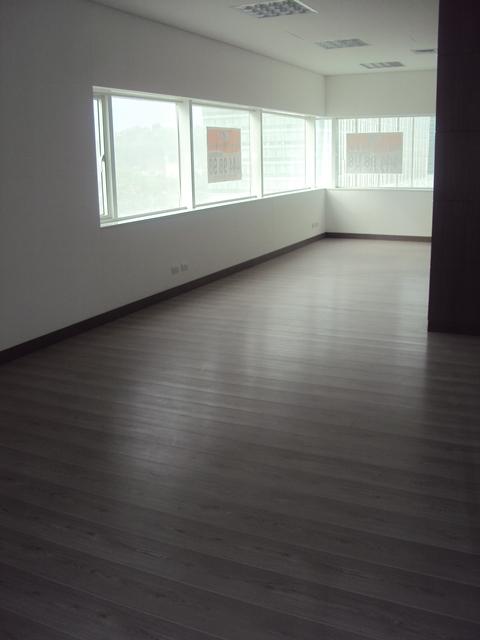 oficinas en arriendo villa carlota 594-11174