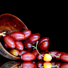 Fresh dates by Asif Bora - Food & Drink Fruits & Vegetables (  )