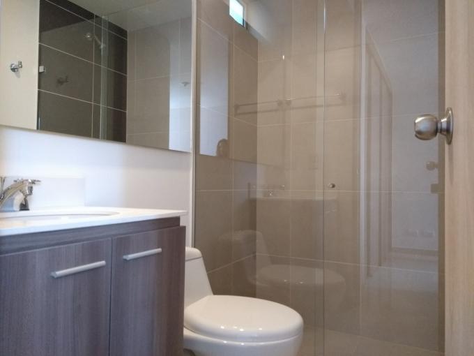 apartamento en arriendo holanda 594-20035