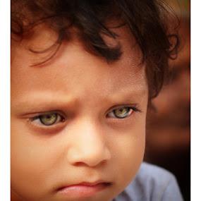 Those eyes!!!!😍 by Debamalya Dasgupta - Babies & Children Children Candids ( #natgeo#childrenpotraits#potraits#natgeoyourshot#indiagram,  )