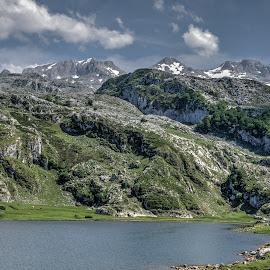 Picos de Europa by Jose Maria Vidal Sanz - City,  Street & Park  Vistas ( mountains, park, nature )
