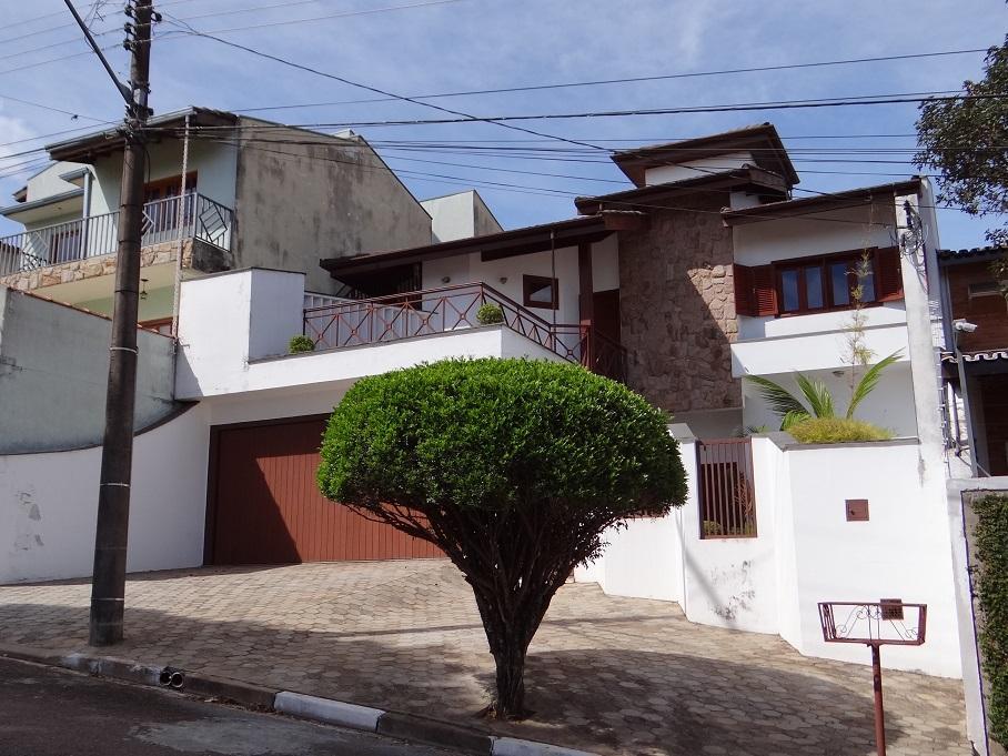 Casa com 3 dormitórios à venda, 280 m² por R$ 690.000 - Nova Itatiba - Itatiba/SP