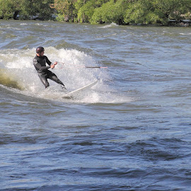 by Luc Raymond - Sports & Fitness Watersports