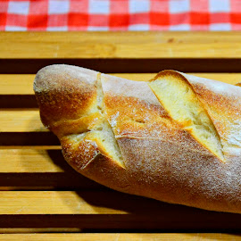A homemade bread by Rogerio Ribas - Food & Drink Cooking & Baking