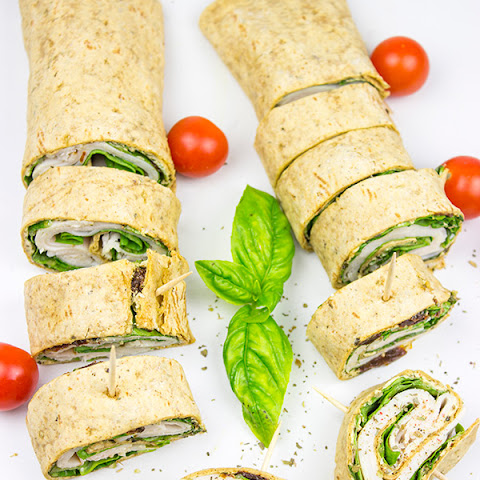 Turkey Pesto Pinwheels