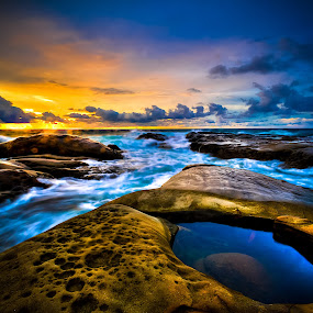 The eye by Ramlan Abdul Jalil - Landscapes Beaches ( water, beaches, sunset, sea, landscape, rocks )
