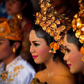 Potong Gigi by Reinhard Latzke - People Street & Candids ( bali, indonesia, ceremony, teeth filing )