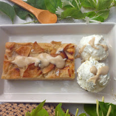 Easy apple pie squares / Tartitas de manzana fáciles