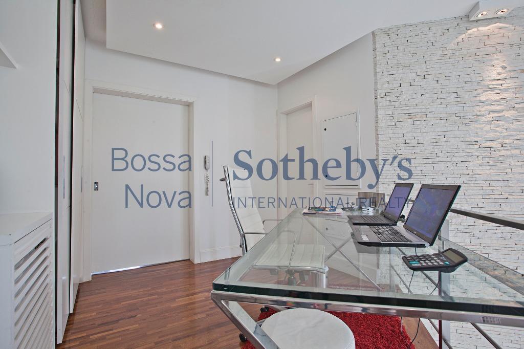Casa residencial à venda, Brooklin Paulista, São Paulo.