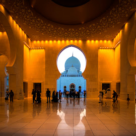 Sheikh Zayed Grand Mosque by Stanley P. PRO Follow by Stanley P. - Buildings & Architecture Places of Worship ( architecture )