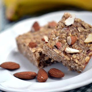 Banana-Almond-Oat Bars