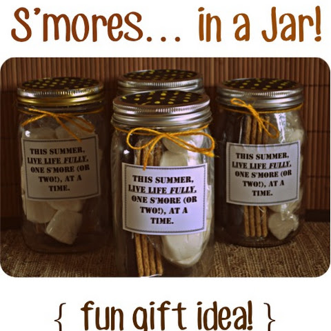 Smores in a Jar! {fun gift idea}