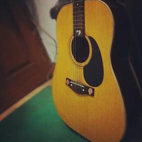 Silent guitar by Yustinus Doank - Instagram & Mobile Instagram