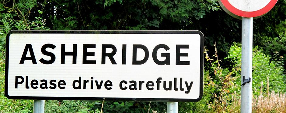 Asheridge road sign