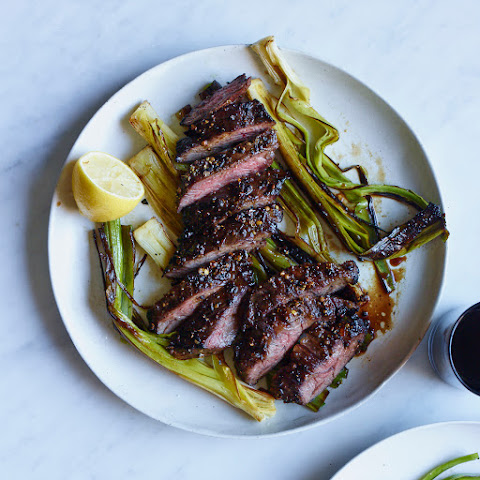 Pepper-Crusted Skirt Steak with Charred Leeks