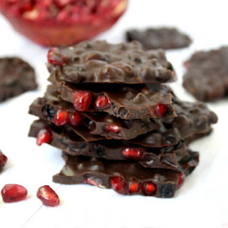Pomegranate and Dried Blueberry Chocolate Bark (Raw, Vegan, Gluten-Free, Dairy-Free, Paleo-Friendly, No Refined Sugars)