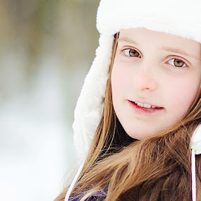 winter portrait by Fernanda Pauwels - Babies & Children Child Portraits ( winter, children, portrait )