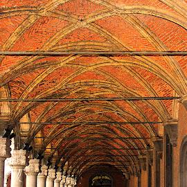 Liège - Les arcades du palais de justice by Gérard CHATENET - Buildings & Architecture Architectural Detail