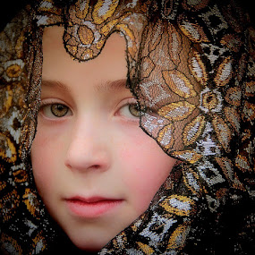 by Sandy Considine - Babies & Children Child Portraits