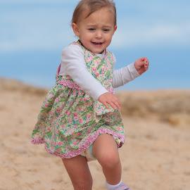 Is that running by Stefanie Hawkins - Babies & Children Children Candids ( sky, girl, blue, green, beach, flower )