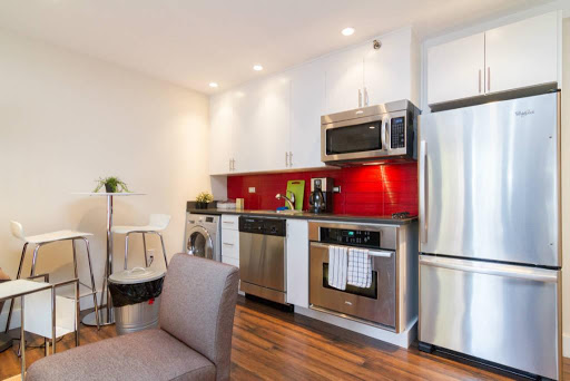 1 bedroom loft with W/D in Midtown West
