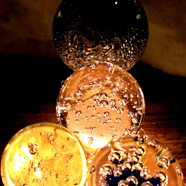 bubbles in balls by Redski Pictures - Artistic Objects Glass ( balls, bubbles, glass, artistic, objects )