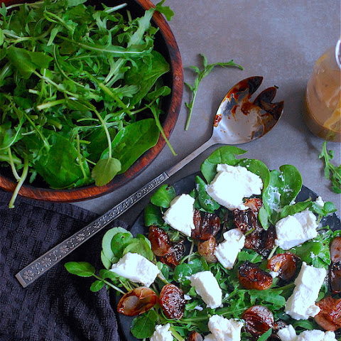 Caramelised Shallots, Rocket And Goats Cheese Salad