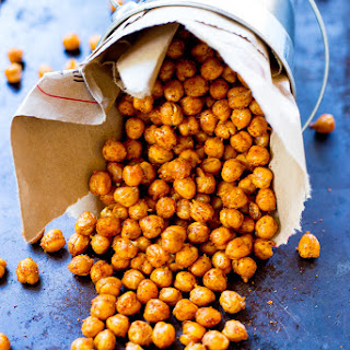 Crispy BBQ Roasted Chickpeas