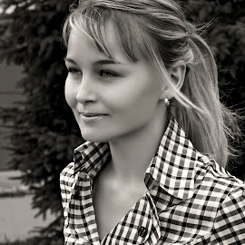 by Sergey Kuznetsov - Black & White Portraits & People