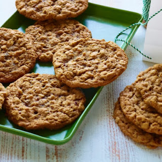 Chewy Oatmeal Raisin Cookies Recipes