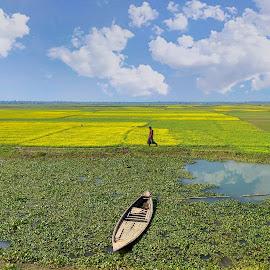 alone in alone by Ashraful Shimul - Uncategorized All Uncategorized ( sky, alone, cloude, boat )