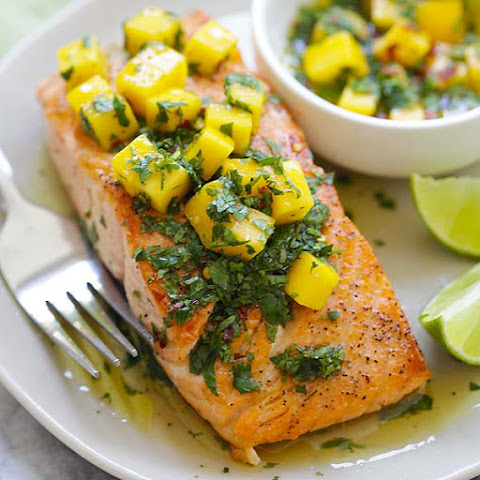 Chimichurri Salmon with Mango