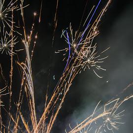 fireworks by Afik Razanafi - Abstract Fire & Fireworks ( bright, firework, d3100, fireworks, yellow, nikon, smoke )