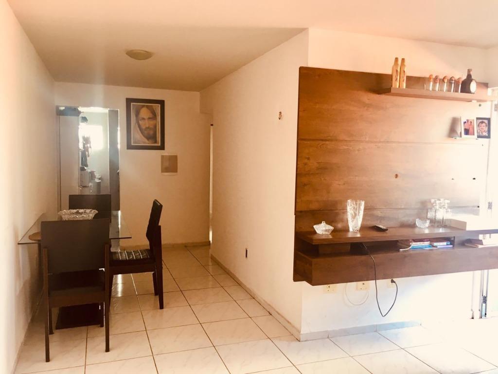 Apartamento com 3 dormitórios à venda, 76 m² por R$ 209.000 - Jardim Oceania - João Pessoa/PB